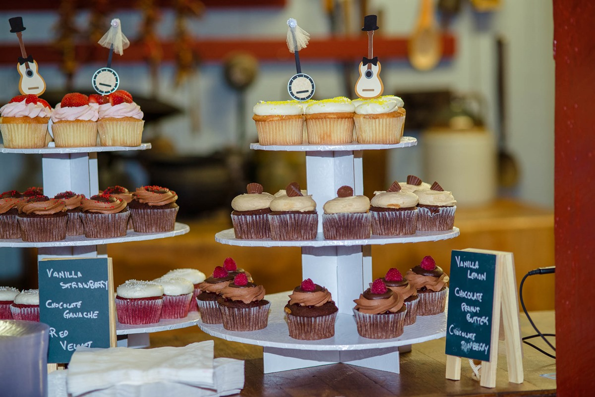 Magpies bakery cupcakes-2490