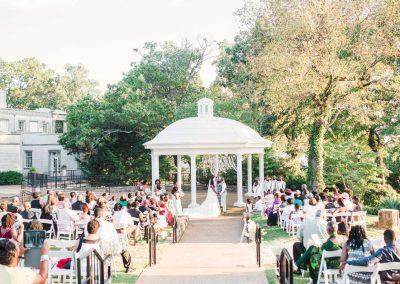 Burritt-outside-weddingw