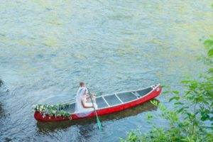 Hiwassee River Weddings Delano TN | Canoe wedding