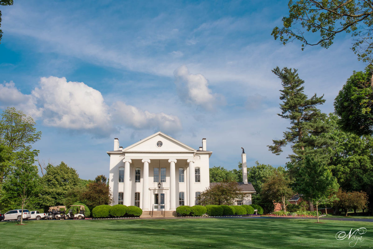 the outside view of mansion at Griffin Gate Lexington KY