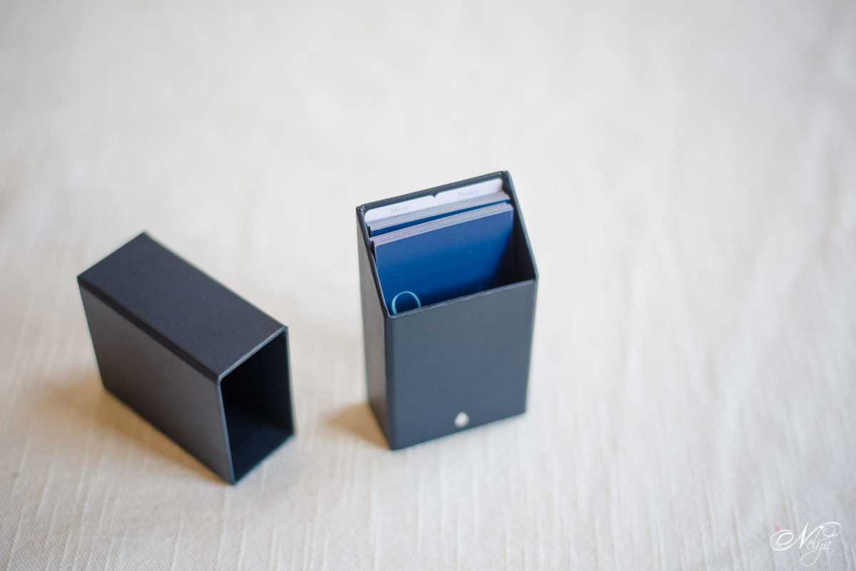 moo business cards box