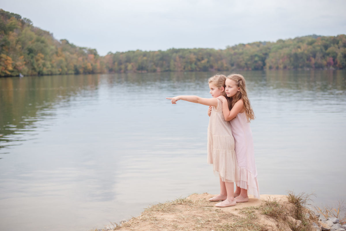 children on the point at Melton Hill Park in Knoxville TN