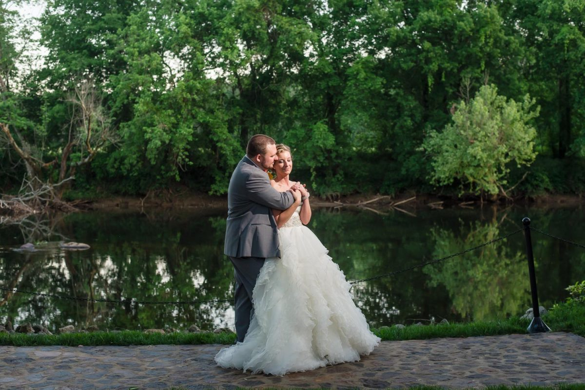 Hiwassee River Weddings Spring Wedding
