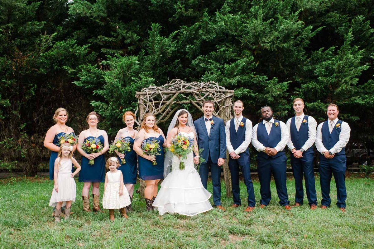 navy blue wedding at Sundance farm in Knoxville