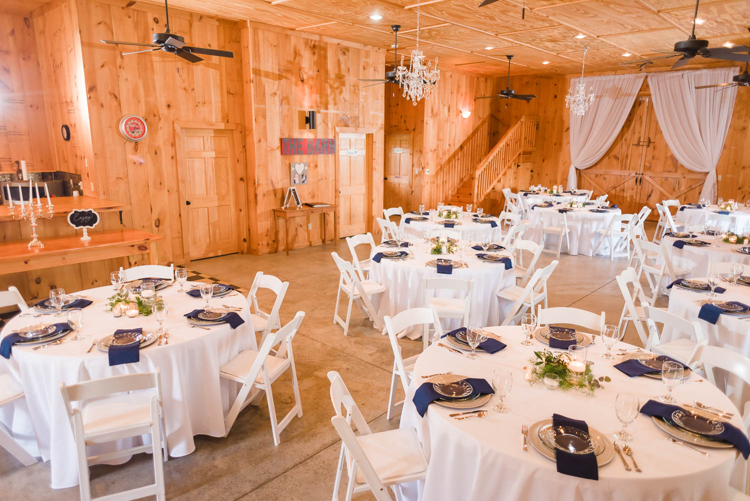 another reception inside view of the barn at Sunrise Farm