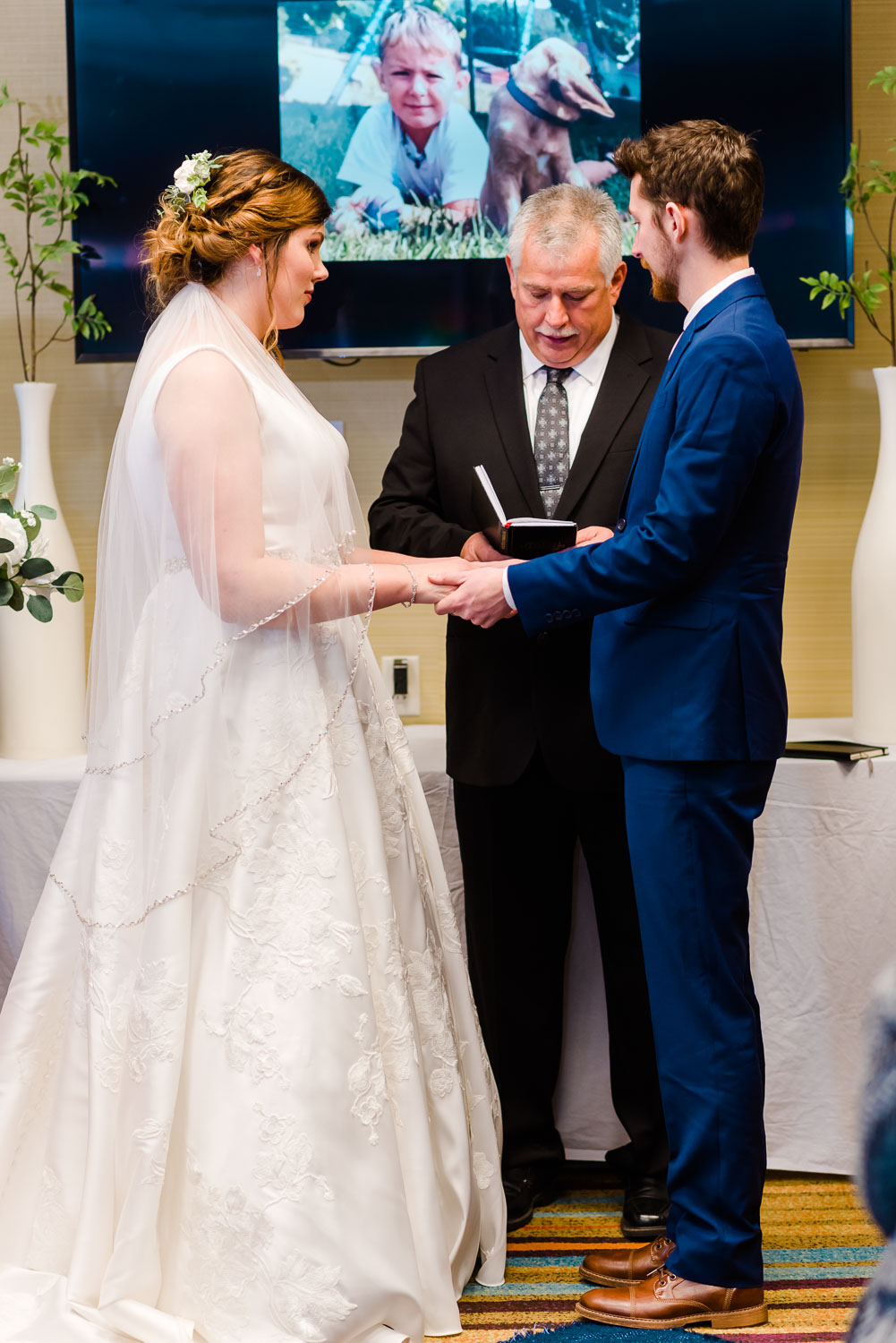 indoor hotel wedding ceremony in Knoxville