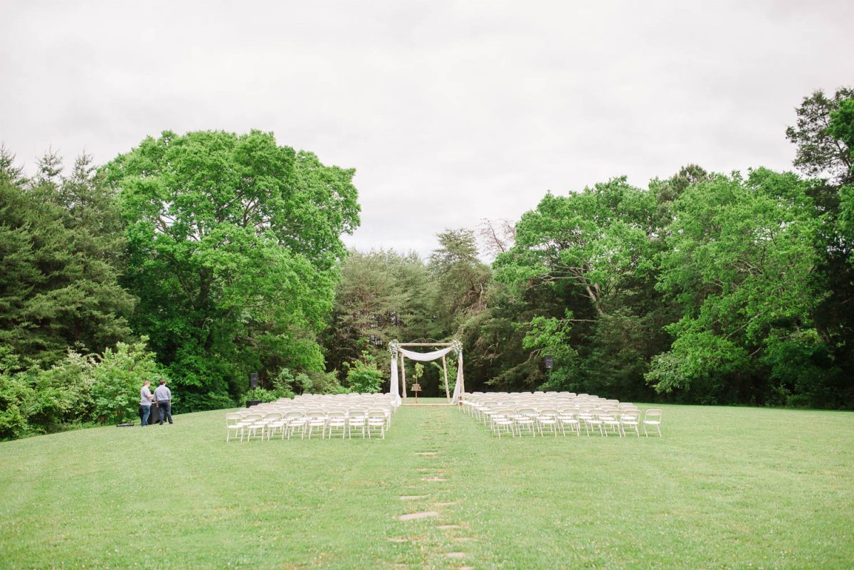 outdoor wedding ceremony at the barn at Drewia hill