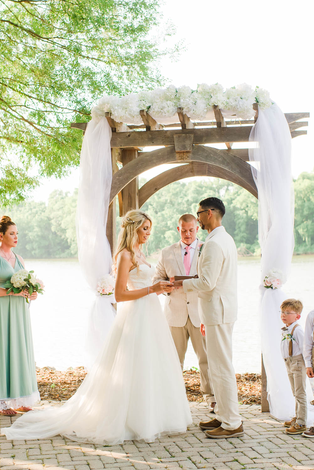 Intimate Tennessee River wedding ceremony