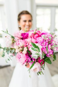 3 Bridal bouquet toss alternatives