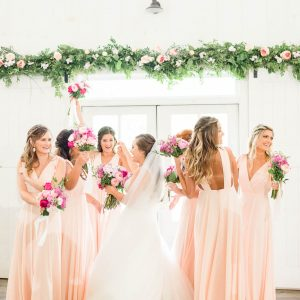 bridesmaids in Lulu's dresses at georgia wedding