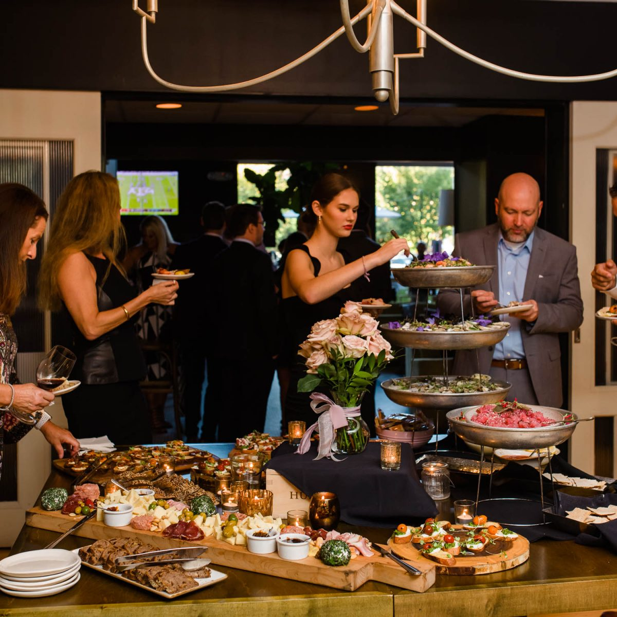 coctail hour hors d'oeuvres