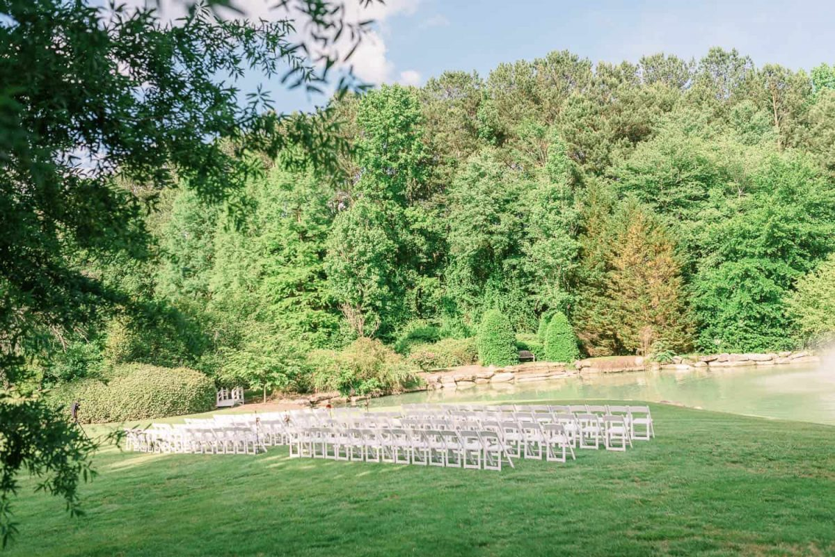 outdoor ceremony area by the pondat walnut hill farm
